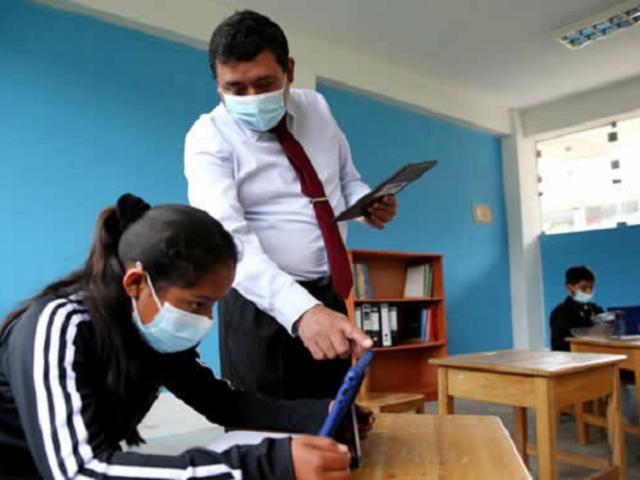 Ministerio de Educación informó que ya se han distribuido el 85 % de las tablets