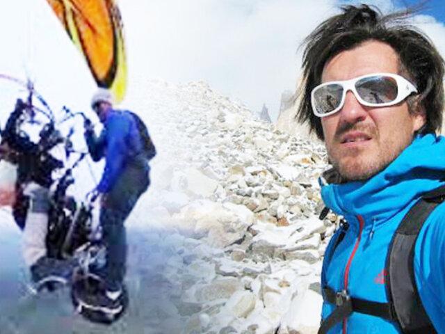 Alpinista se deja caer desde un paramotor a mil metros de altura
