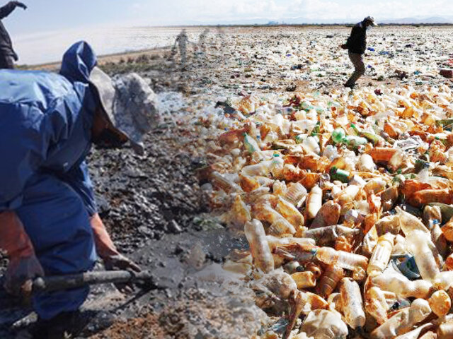 Bolivia: limpian el contaminado lago Uru Uru que fue convertido en un basurero