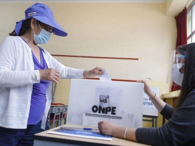 Edgar Alarcón pide citar a titulares de la ONPE y del JNE por supuestas irregularidades
