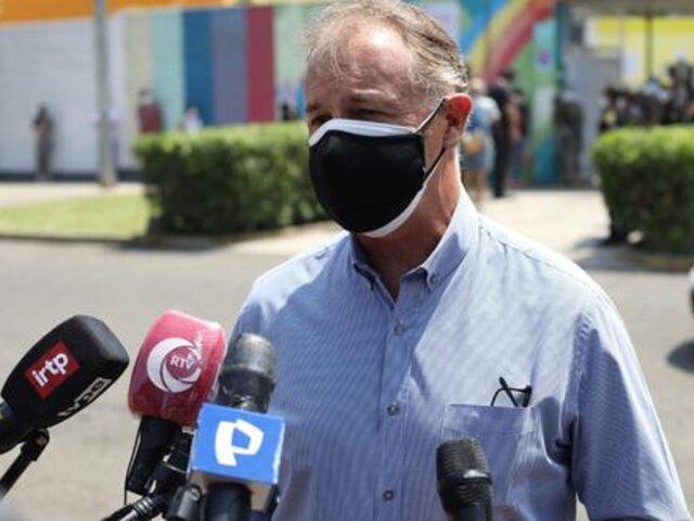 Muñoz criticó voto escalonado tras aglomeración de ciudadanos en centros de votación