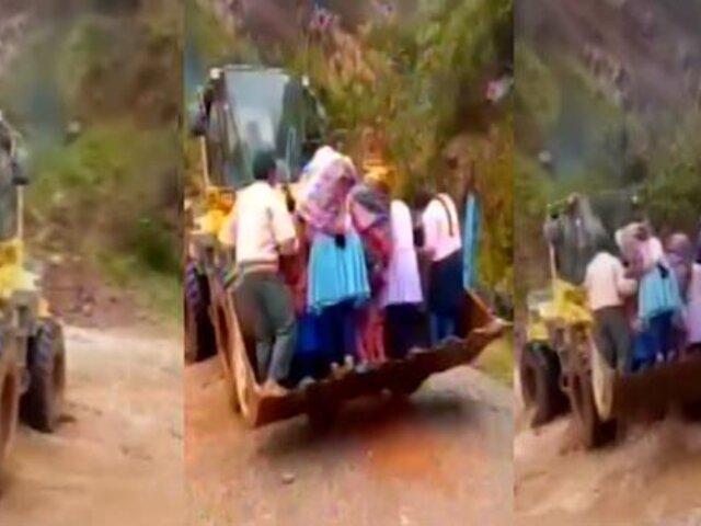 Apurímac: ciudadanos cruzan peligroso río para poder votar
