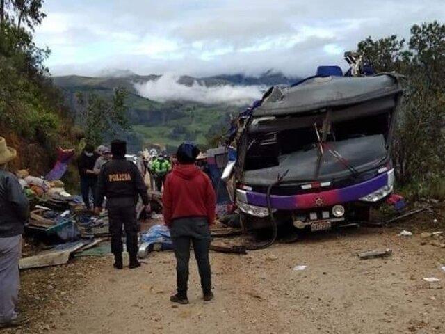 Tragedia en Áncash: más de 20 muertos tras volcadura de bus en Pomabamba