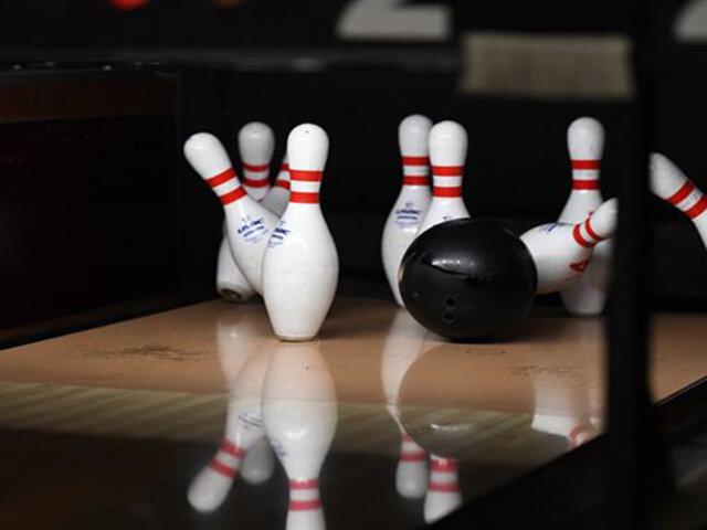 Tiro casi imposible: joven sorprende al realizar un Split 7-10 en el Abierto de Bowling en EEUU