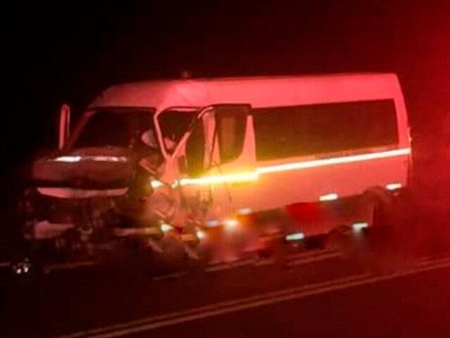 Puno: al menos un muerto y cinco heridos deja choque frontal entre dos vehículos