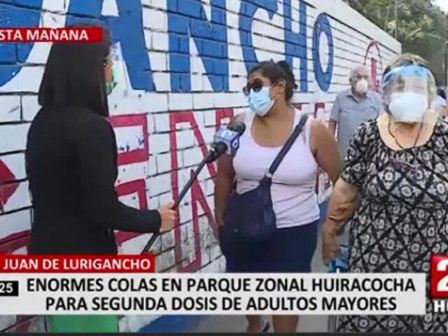 Adultos mayores hicieron largas filas para ser vacunados en parque zonal Huiracocha