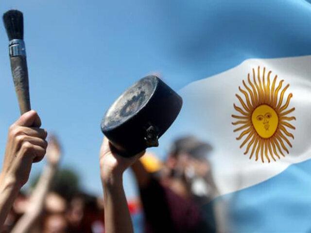 """Argentina: se realizan """"cacerolazos"""" ante nuevas restricciones del Gobierno"""