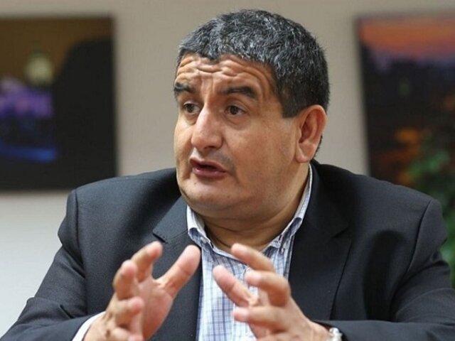 Humberto Acuña: PJ dictó 24 meses de impedimento de salida del país