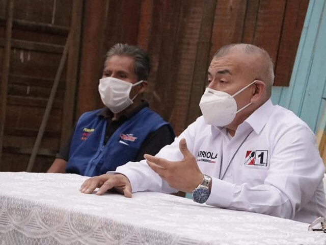 Miembros de Acción Popular cuestionan a Arriola Tueros como número 1 al Congreso