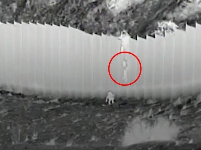 EE. UU: Niño es arrojado desde lo alto de muro fronterizo