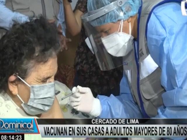 Cercado de Lima: adultos mayores de 80 años fueron inmunizados en sus domicilios