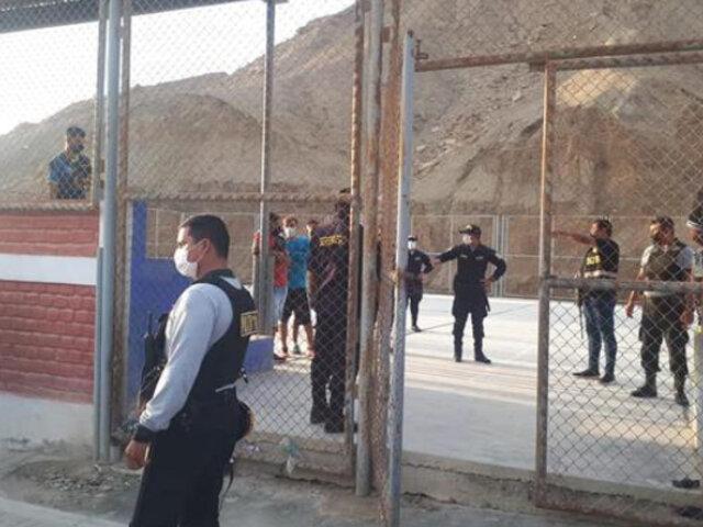Piura: intervienen a 29 personas aglomeradas y jugando en cancha deportiva