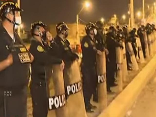 Lomo de Corvina: llegan refuerzos de la Policía Nacional a la zona de la invasión