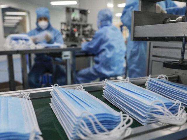 Defensoría pide al Gobierno distribuir mascarillas gratis ante incremento de casos covid-19