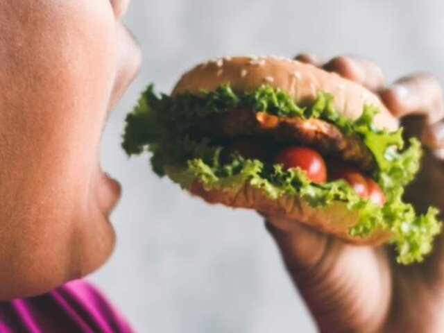 Minsa: 55.4% de la población tuvo más apetito durante la cuarentena