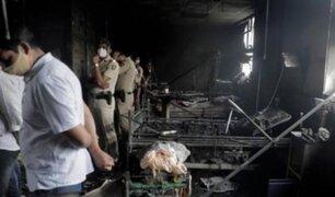 """India: incendio en """"hospital Covid"""" deja 18 muertos entre pacientes y personal sanitario"""