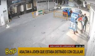 SJL: ladrones armados en mototaxi asaltaron a joven distraído con su celular