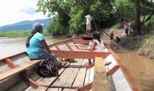 Loreto: adultos mayores se trasladan en peque peque para vacunarse contra la Covid-19