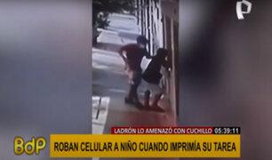 Chimbote: delincuente amenaza con cuchillo a niño de 9 años y le arrebata su celular