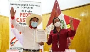 Segunda vuelta: Pedro Castillo y Verónika Mendoza firmaron un acuerdo político