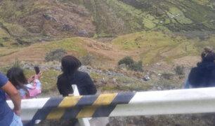 Cusco: despiste y volcadura de auto deja dos muertos en La Convención