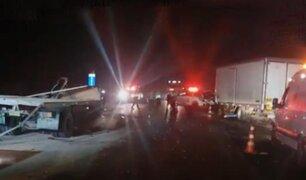 La Libertad: choque frontal de camiones deja dos personas muertas