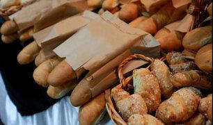 Pan podría venderse al peso ante alza del precio de insumos, advierten