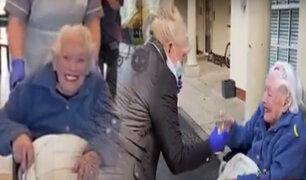 Reino Unido: anciana de 97 años se reúne con su familia tras superar al COVID-19