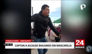 Arequipa: captan a alcalde distrital bailando sin mascarilla en celebración