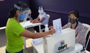 ONPE: doble mascarilla y protector facial serán obligatorio para votar