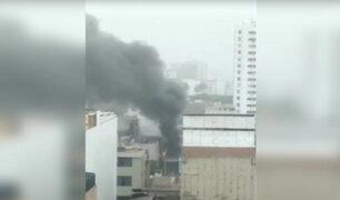 Surquillo: reportan incendio en vivienda de material noble