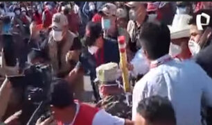 Ica: seguridad de Castillo empujó a personas para evitar contacto con el candidato
