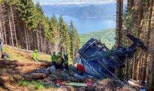 Al menos 13 muertos y 2 heridos graves deja caída de teleférico en los alpes italianos