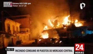 Tumbes: incendio arrasó en minutos con 49 puestos en mercado central