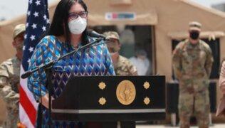 """Ministra de Defensa: """"Se han encontrado seis cuerpos calcinados y el resto abatidos a balazos"""""""