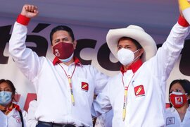 Se contradicen: funcionarios de Perú Libre se incrementaron el sueldo cuando estuvieron en el poder