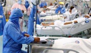 EsSalud: 80% de camas UCI de villas y hospitales son ocupadas por adultos de 30 a 59 años