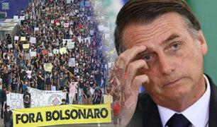 Bolsonaro enfrenta investigaciones por su gestión de la pandemia en medio de protestas