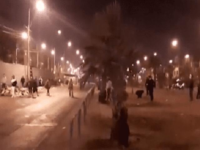 Comas: ambulantes se enfrentaron con piedras y palos a los serenos para evitar desalojo