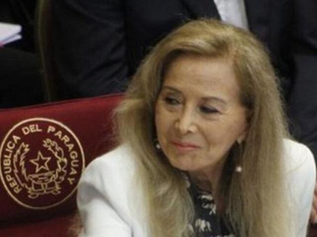 Senadora renuncia por vacunarse irregularmente: investigarán a más políticos en Paraguay