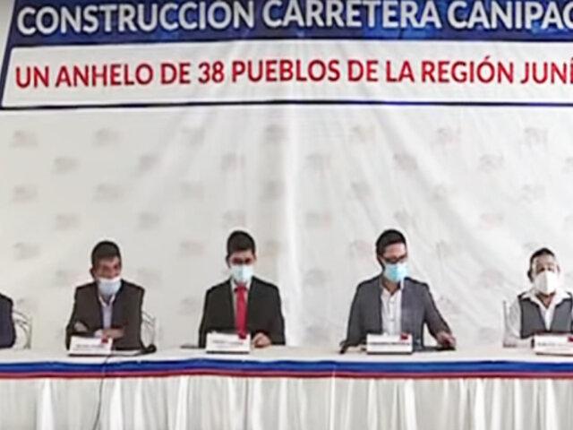 """Gobernador de Junín da conferencia de prensa para pedir destrabar carretera a """"Canipaco"""""""