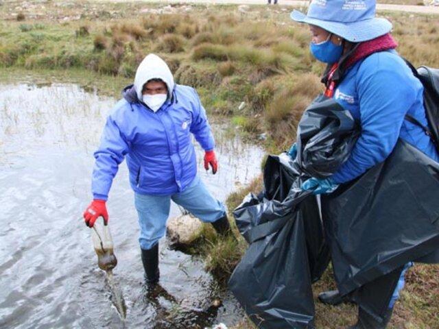 Recogen más de seis toneladas de basura de las lagunas de Alto Perú en Cajamarca