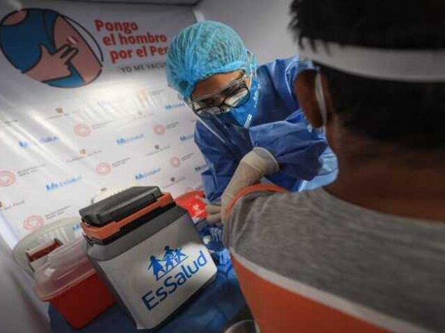 EsSalud da de alta a pacientes que superaron el covid en Villa Rebagliati