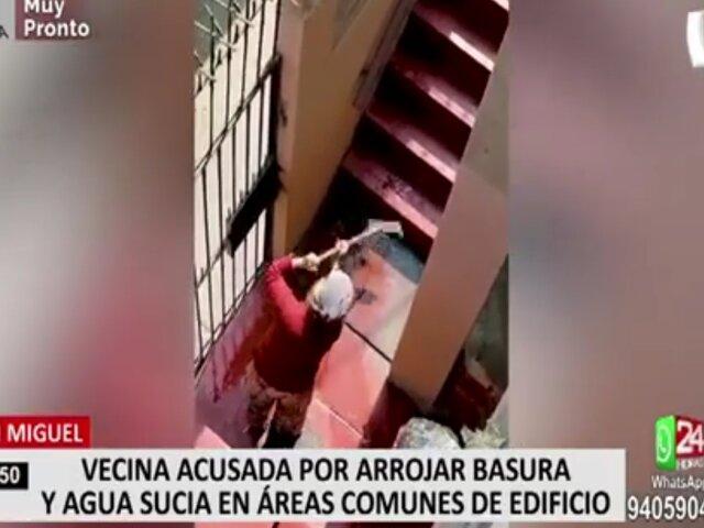 San Miguel: vecina es acusada de arrojar basura y agua sucia a áreas comunes de edificio