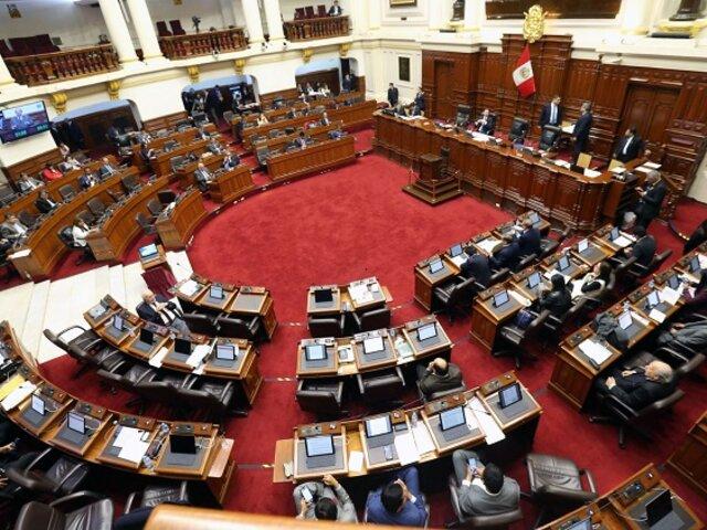 Congreso aprueba ley que ordena reducción de pensiones en colegios y universidades