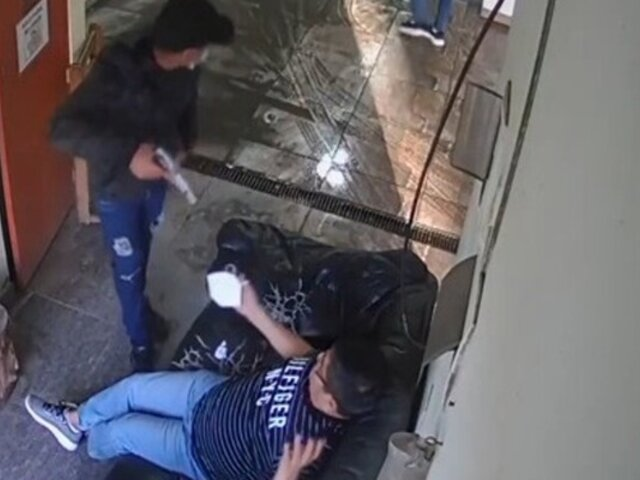 SJM: delincuentes armados asaltaron carwash para robar vehículo
