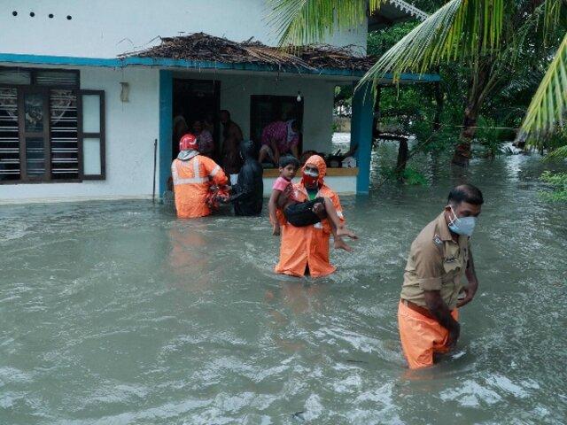 Ciclón Tauktae toca tierra en la India y deja a su paso muerte y destrucción