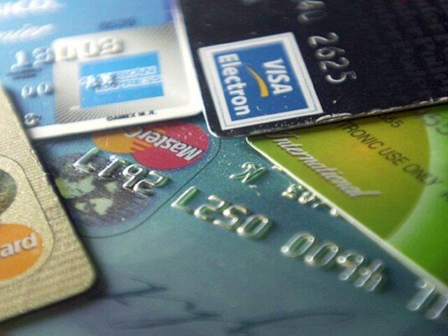 """¿Cómo operaba la banda que aplicaba modalidad del """"cambiazo"""" de tarjetas bancarias?"""