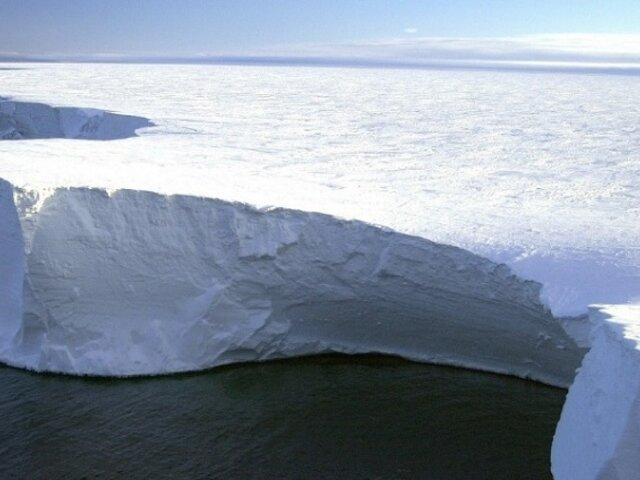 Se desprende de la Antártida el iceberg más grande del mundo
