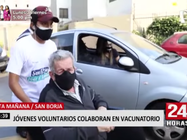 San Borja: jóvenes voluntarios colaboran en vacunatorio